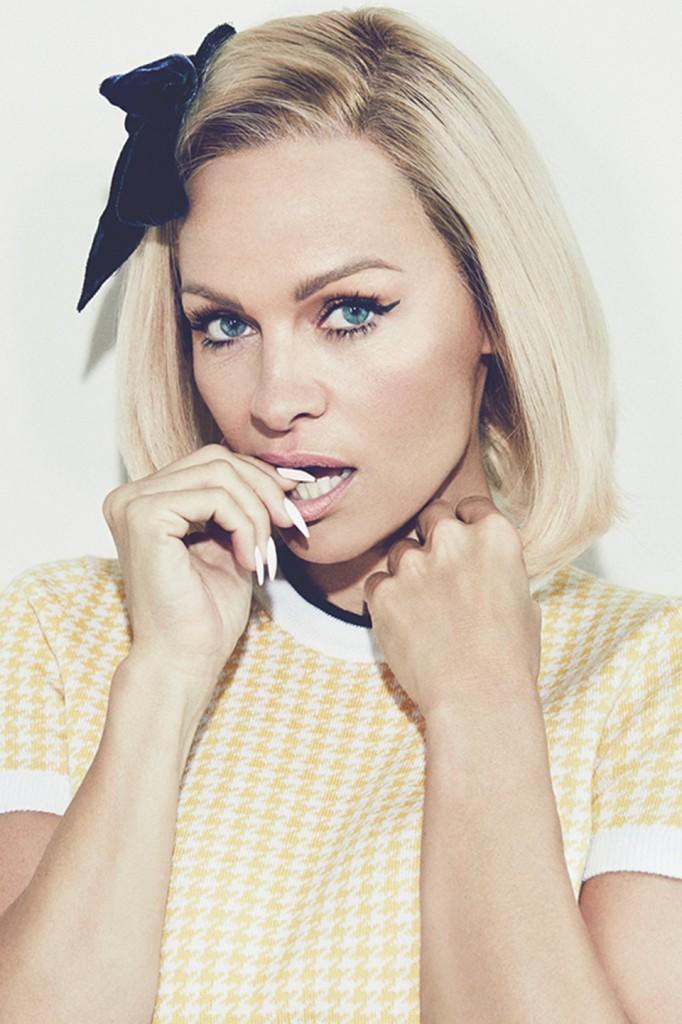 Pamela-Anderson-inside_960x1440