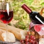 Picnic-Wine-Bottle