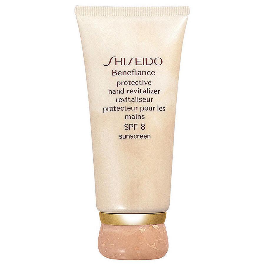 Shiseido Protective Hand Revitalizer, 2390 pуб.