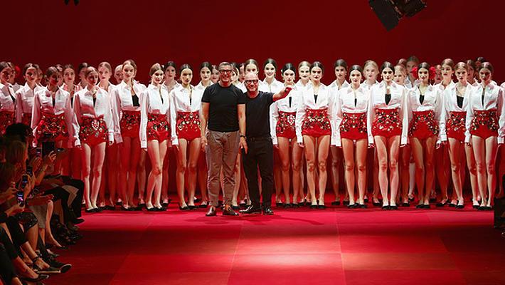 Dolce; Gabbana: коррида, фламенко и розы