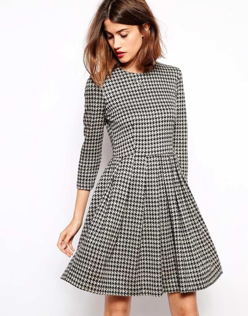 Приталенное платье Ganni, 12400 руб.
