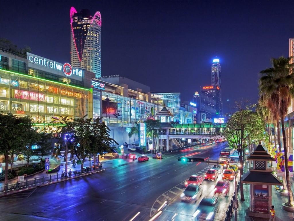 Thailand-Bangkok-City-At-Night-Streets-Lights-Cars-1920x2560