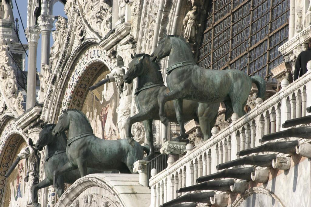Venice_-_St._Marc's_Basilica_10