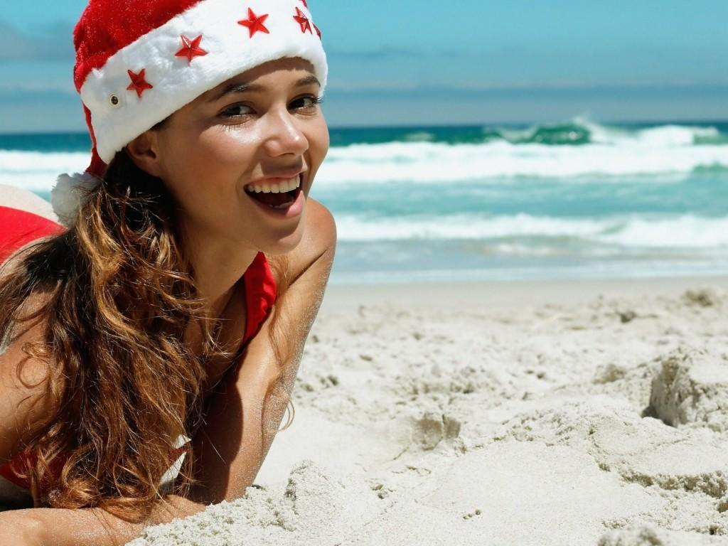 christmas-new-year-snow-maiden-santa-claus-woman-smile-beach-holidays-1920x2560