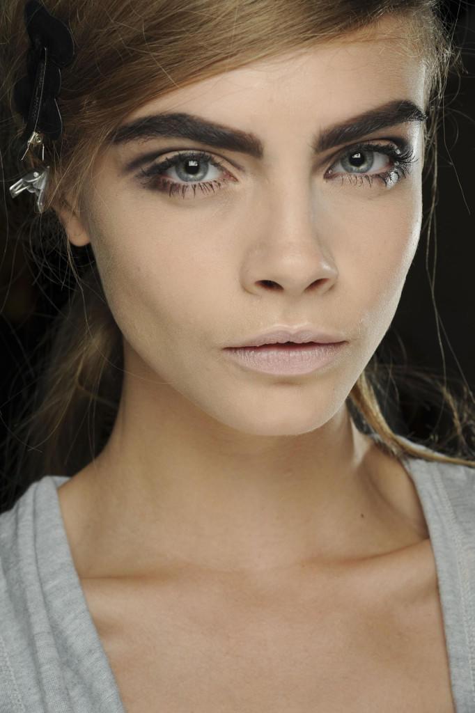 60s-eyebrows