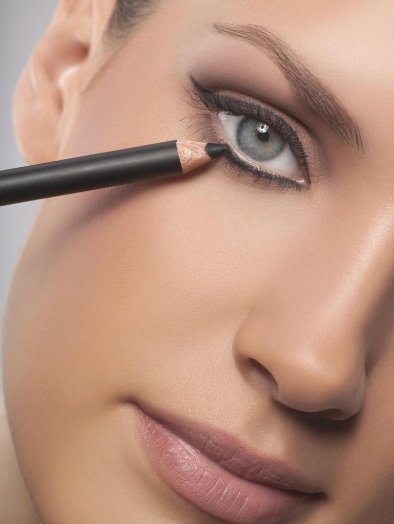 27_2012_Blog_Eyeliner_Tipps