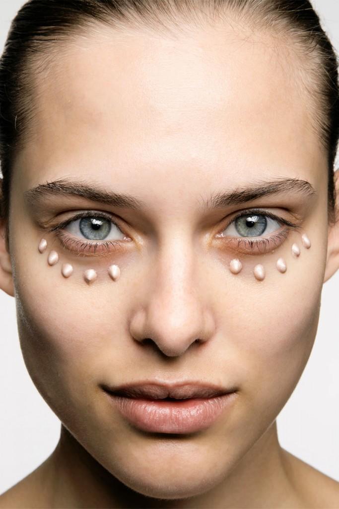 elle-02-beauty-steps-erase-dark-circles-1013-xln