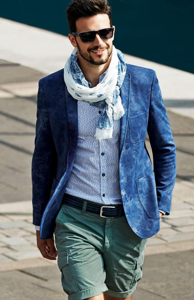 fashionable_prints_01_r_01_jacket_flower_print_blue