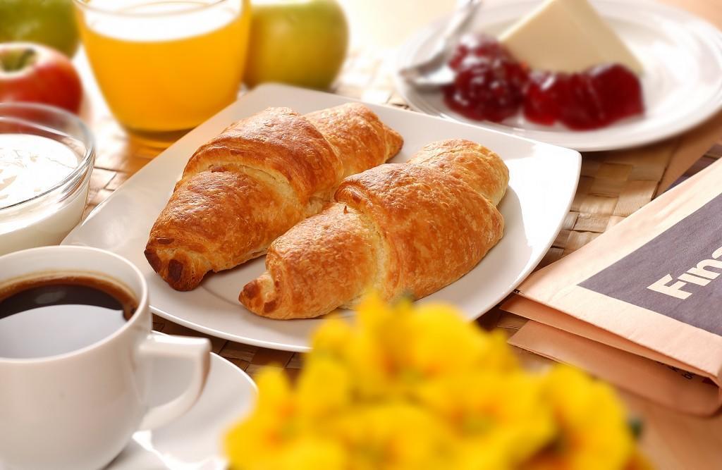 fruehstueck-croissant