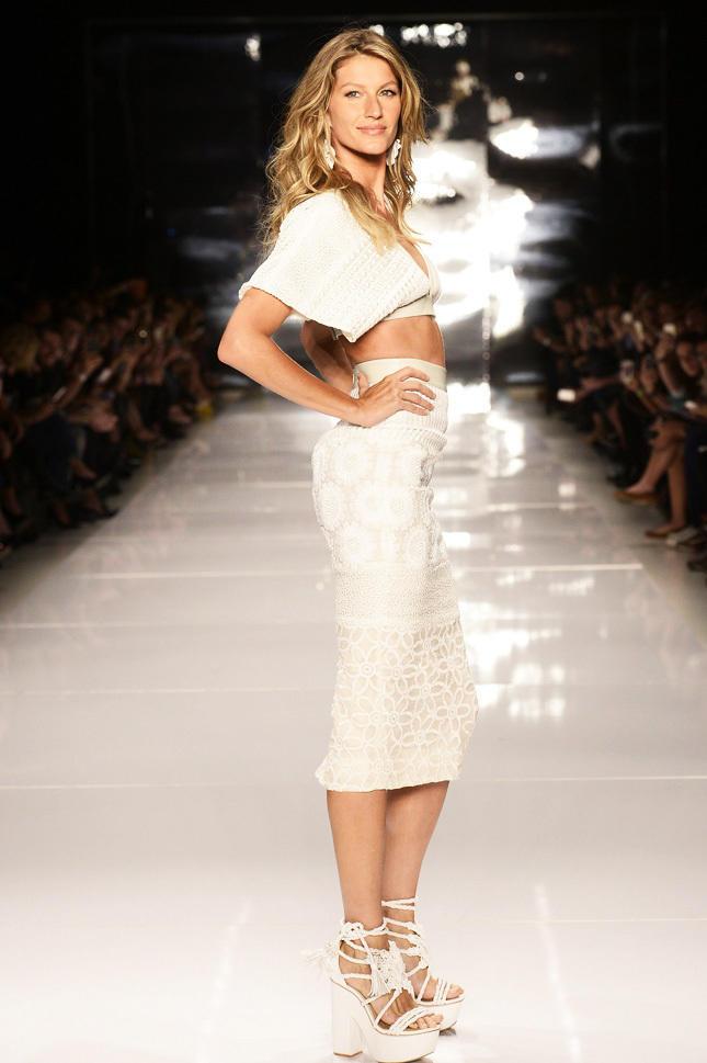 Colcci - Sao Paulo Fashion Week Summer 2014/2015