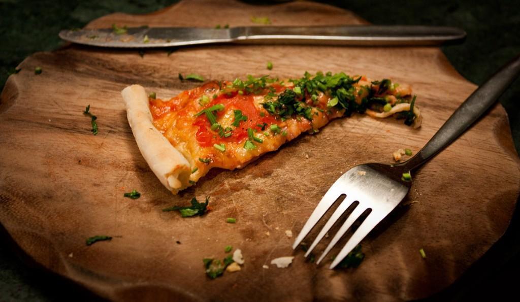 PIZZA-pizza-20461170-1200-697