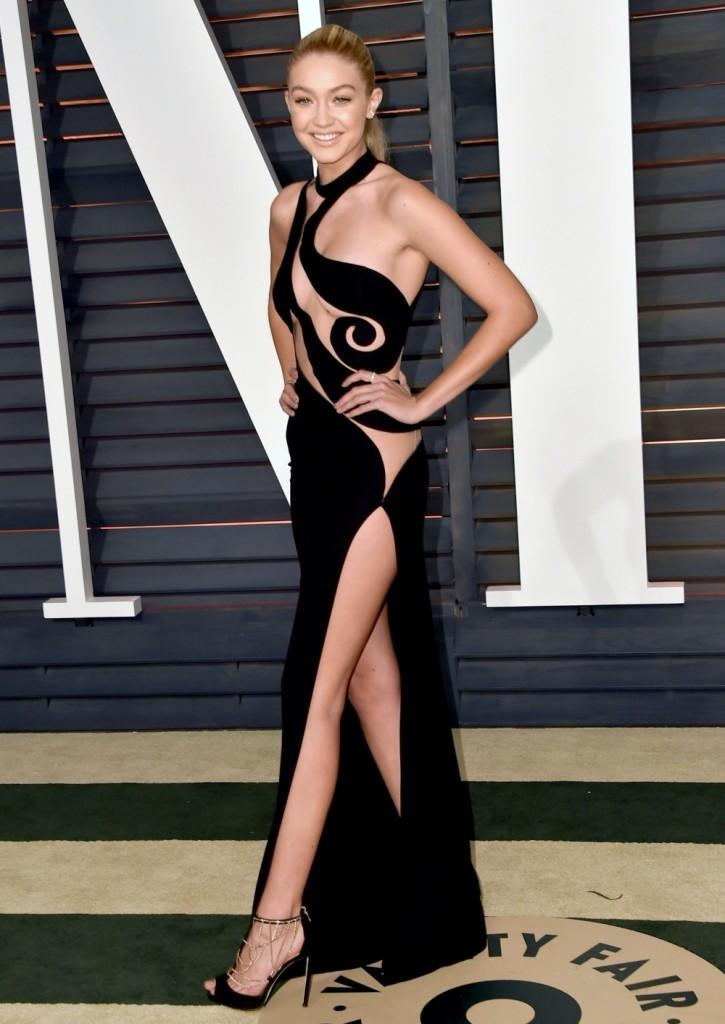 gigi_hadid_2015_vanity_fair_oscar_party_in_beverly_hills_22215_1