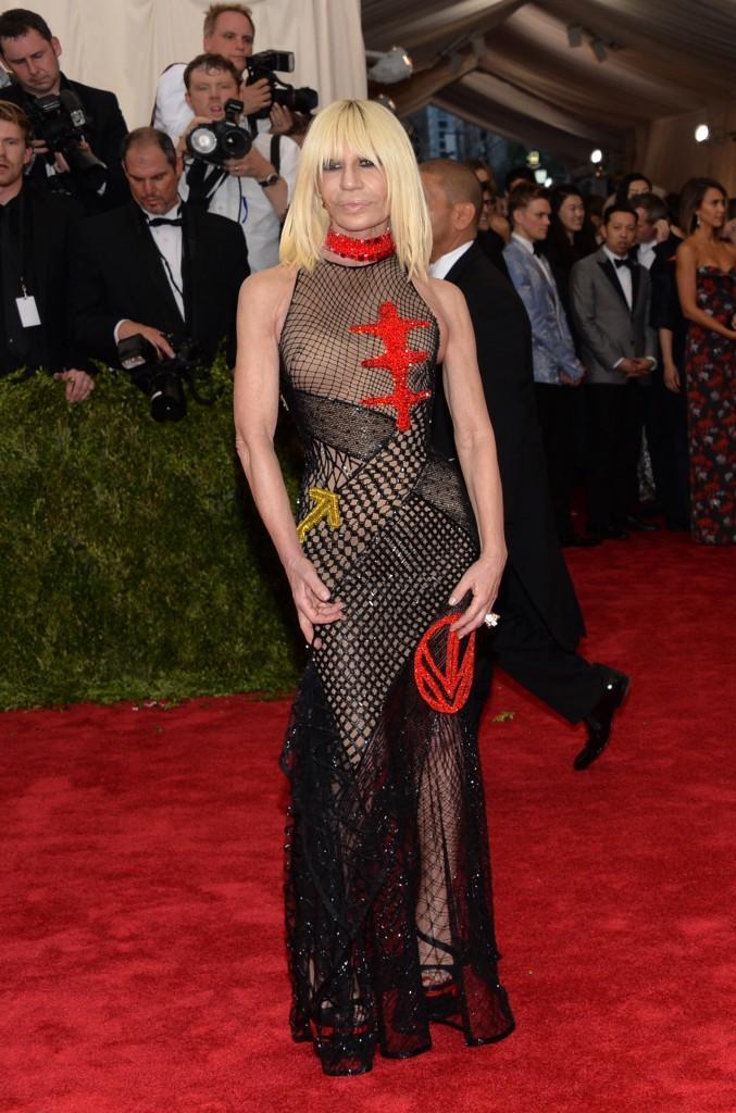 Donatella Versace, Jennifer Lopez