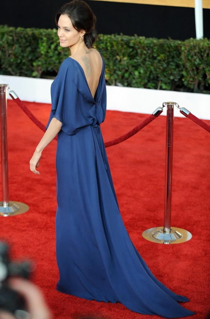 AngelinaJolie-15th-Annual-SAG-Awards_Vettri.Net-16
