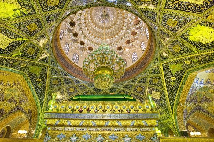 1380110736_Sayyida-Ruqayya-Mausoleum