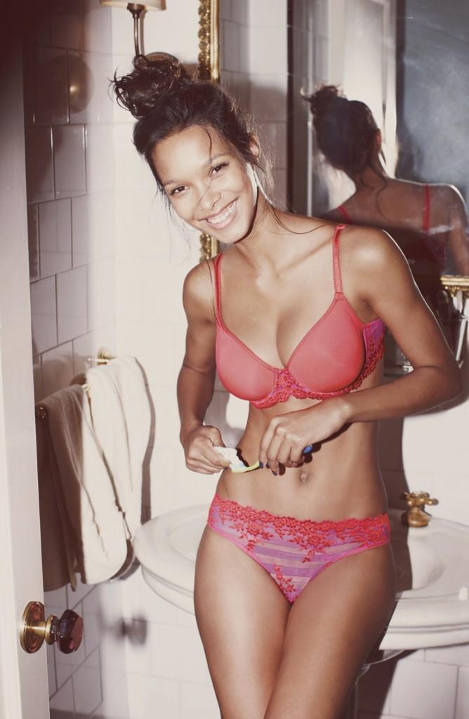 Hot-Lais-Ribeiro-Underwear-Pictures-1
