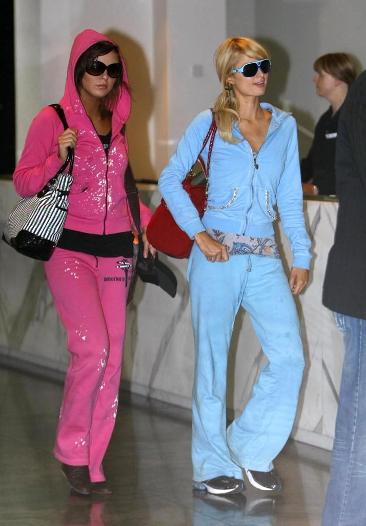 Paris And Nicky Hilton Arrive At Melbourne Airport (USA ONLY)