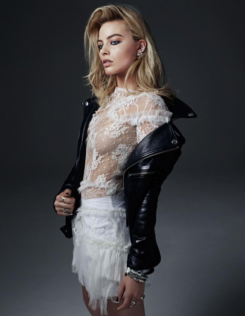margot-robbie-maxim-hot-100