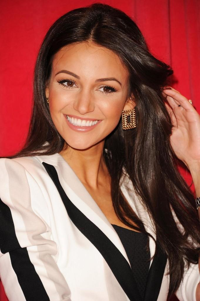 michelle-keegan-at-british-soap-awards-2014-in-london_1