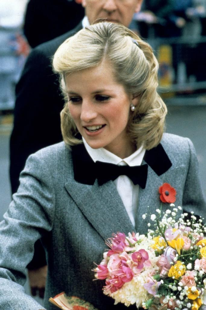 PrincessDiana16_V_14apr11_pa_b