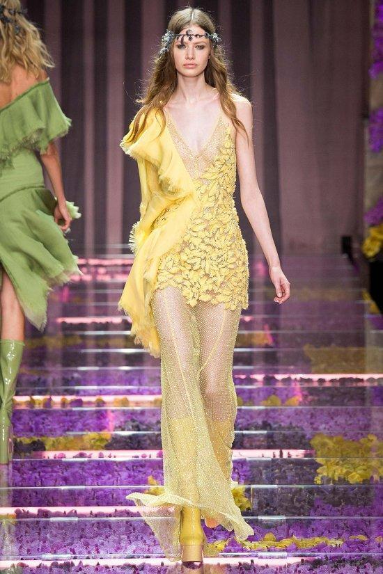 atelier-versace-haute-couture-osen-zima-2015-2016_407631Qg