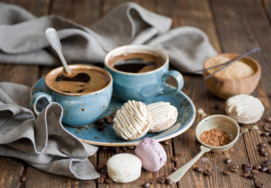 kofe-zerna-macaron-pechene