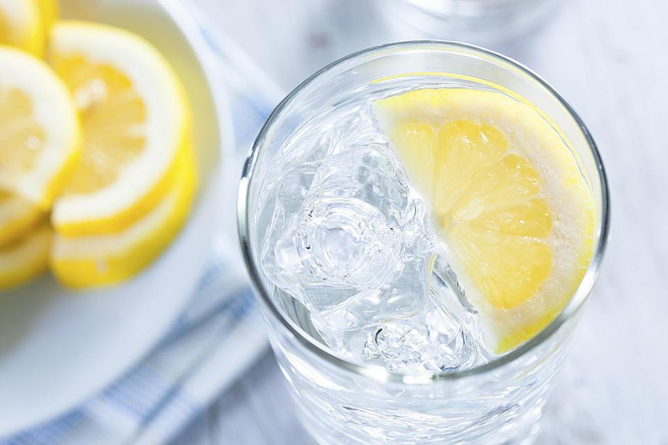 88b2c61a_Lemon-Water.xxxlarge