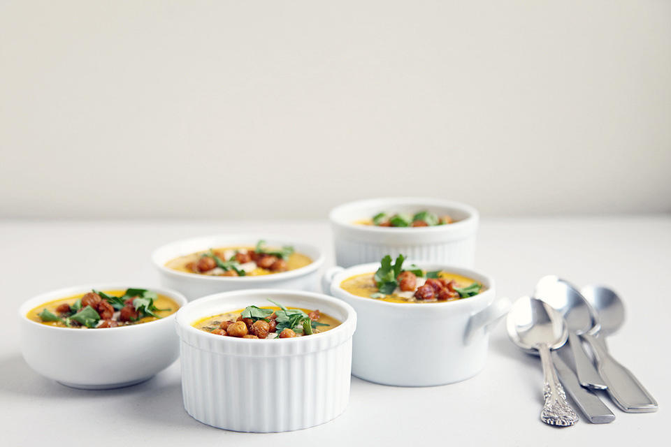 91e0b086a77630a1_Carrot-Soup-with-Tahini-and-Chickpeas.xxxlarge_2x