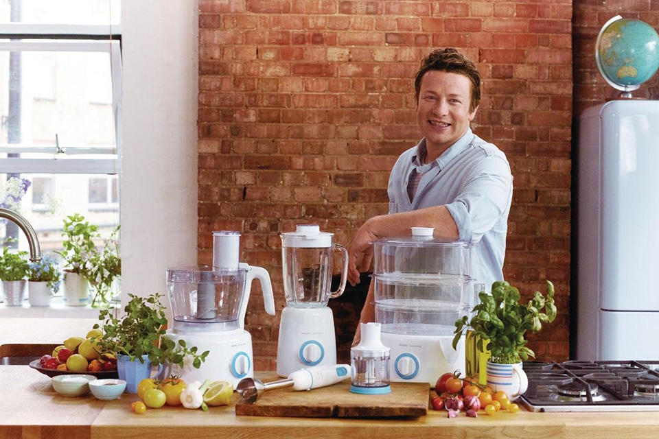 Jamie-Oliver-at-Center-of-Australian-Farmer-Controversy