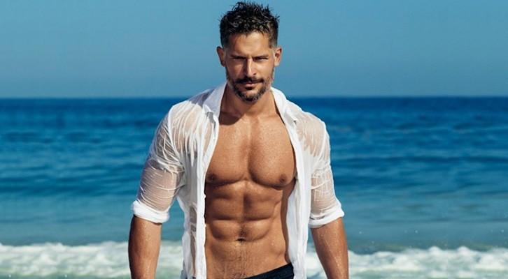 joe-manganiello-shirtless-people-07182014-lead1-600x450-640x480