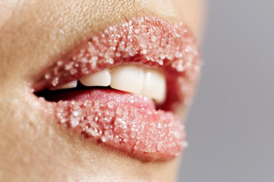 Средство для увеличения объема губ