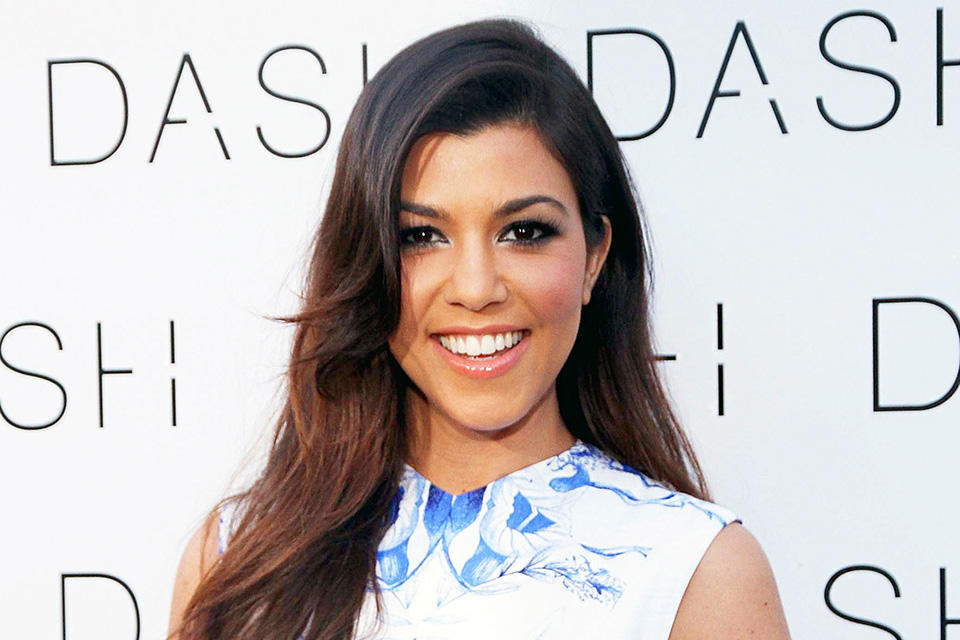 1430243674_478236091_kourtney-kardashian-zoom