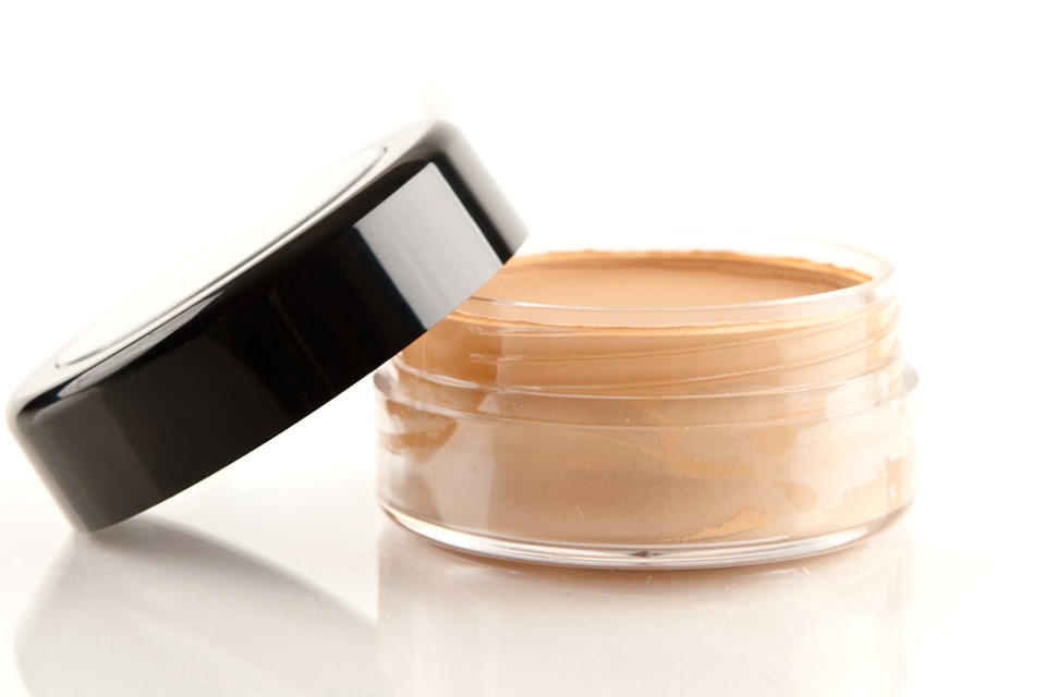 8 главных ошибок в нанесении тонального крема и способы их избежать
