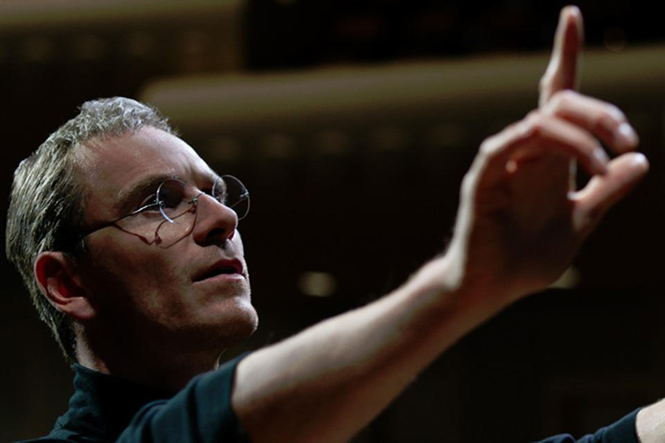 kinopoisk.ru-Steve-Jobs-2640716