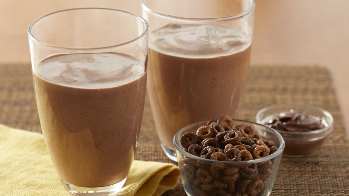 Chocolate Hazelnut YOP Smoothie 16x9