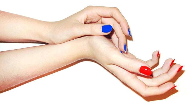 hands_00