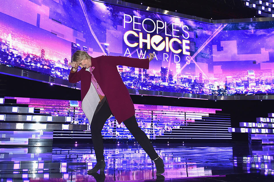 peoples-choice-awards-2016