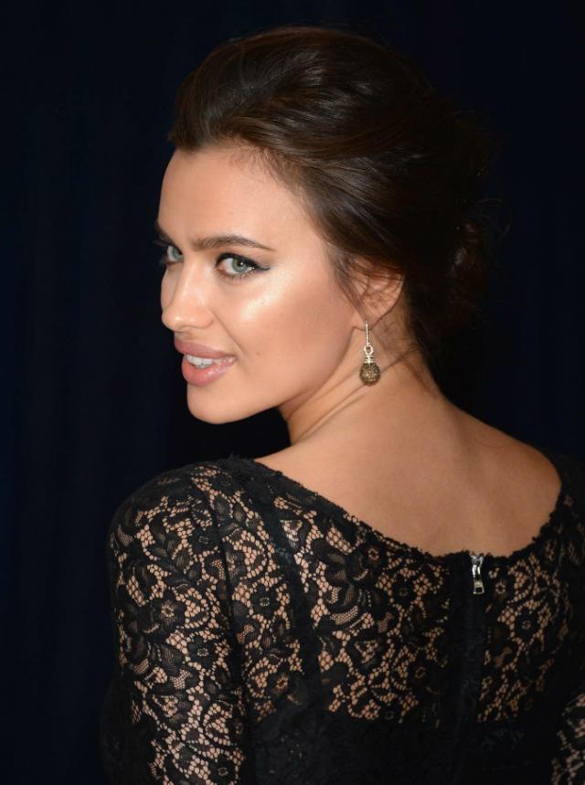 Irina-Shayk---2013-White-House-Correspondents-Association-Dinner--01