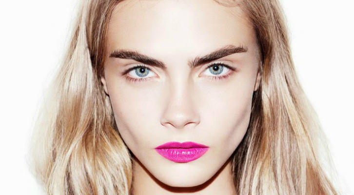 caradelevingneeyebrows