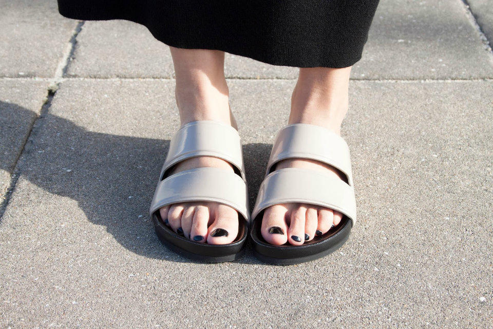 3 пары обуви, без которых не обойтись этим летом