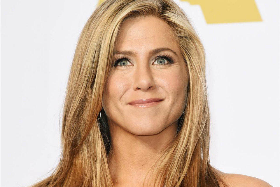 JenniferAniston-02