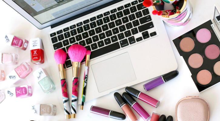 8 продуктов, которые есть у каждого бьюти-блогера