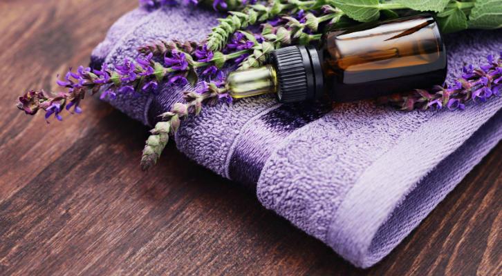 Как использовать эфирные масла для красоты и здоровья: 8 проверенных способов