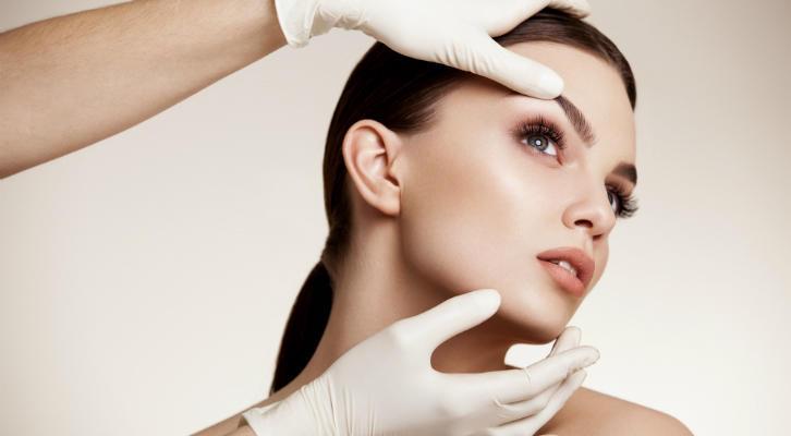 plasticsurgery-00-0102
