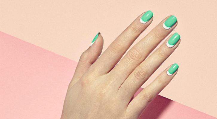 Mint-Green-Nail-Art