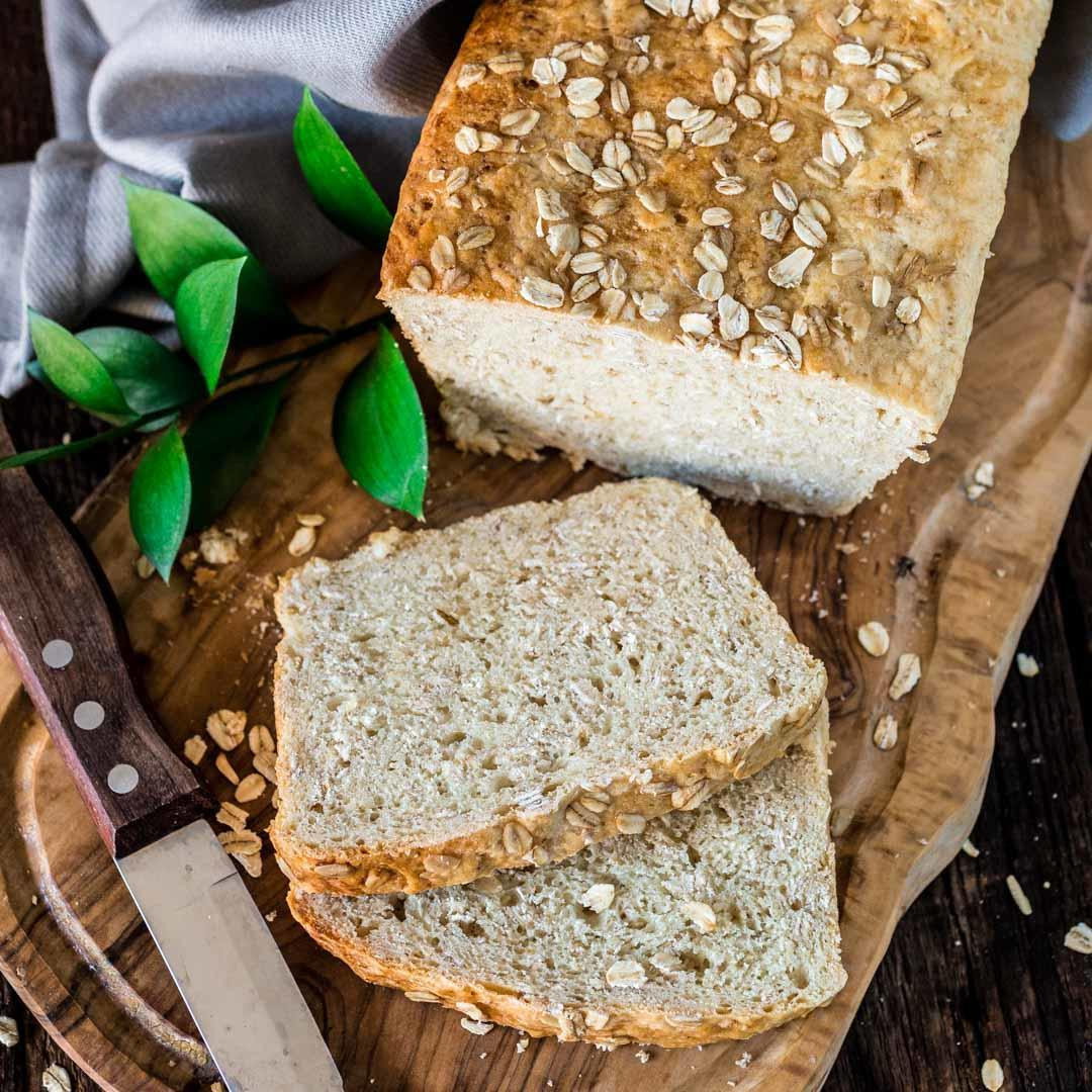 honey-oat-bread-feature