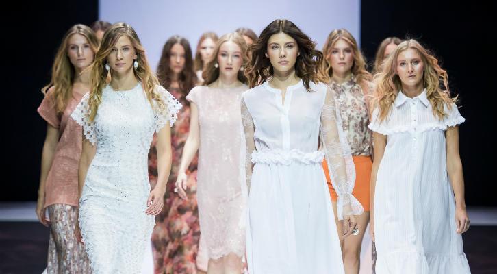 Коллекция Дыхание Ангелов Елены Шипиловой на Неделе моды в Москве