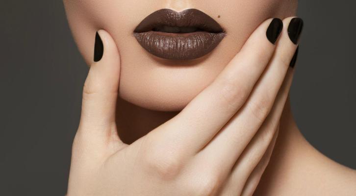 Коричневый маникюр – как сделать шоколадный дизайн ногтей коричневым лаком