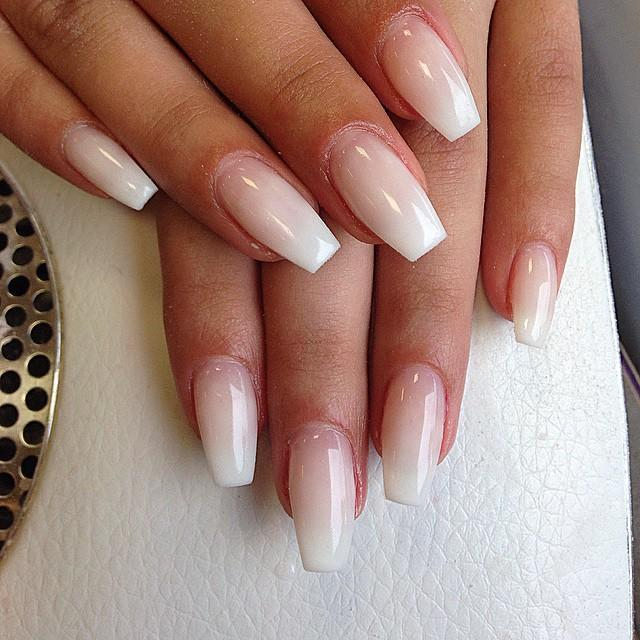 49-best-clear-nails