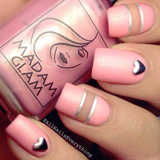 71-beautiful-heart-nails